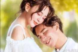 """感情裡,女人做到這""""四不說"""",男人才會把你當做心頭愛!"""